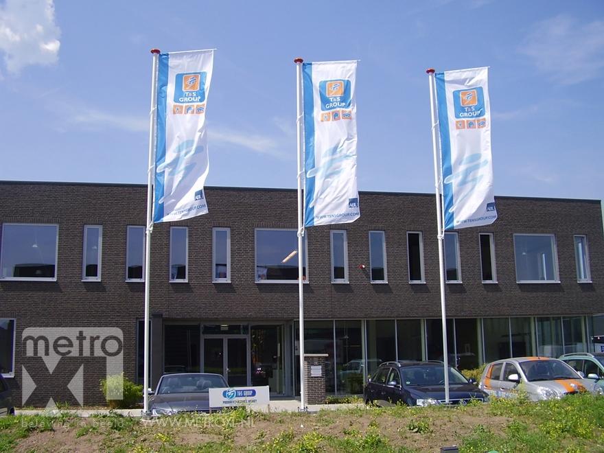Vlaggen voor bedrijfspand metroxl - Tapijt tegel metro ...