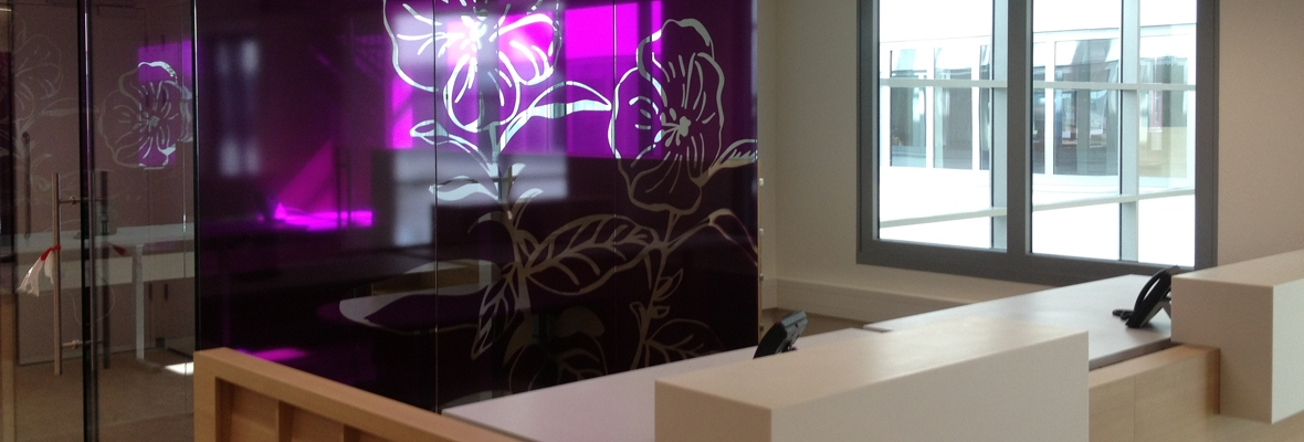 Glaswand decoratie raamfolie op kantoorwanden systeemwanden van glas voorzetwand - Decoratie interieur decoratie ...