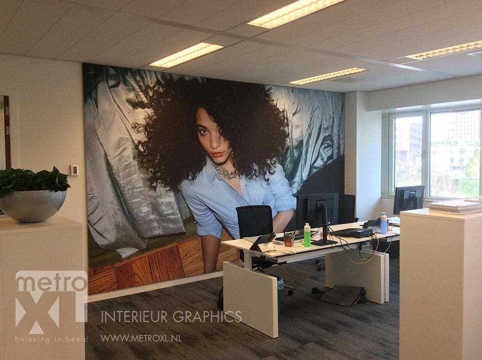 Interieur graphics bij kao amsterdam en amersfoort metroxl for Interieur amersfoort