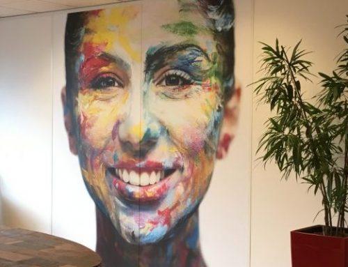 Kleurrijke persoonlijkheid siert kantoor PersonalColor
