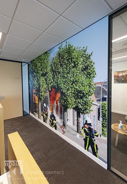 actiefoto brandweer Waalwijk fotowand nieuwbouw door MetroXL