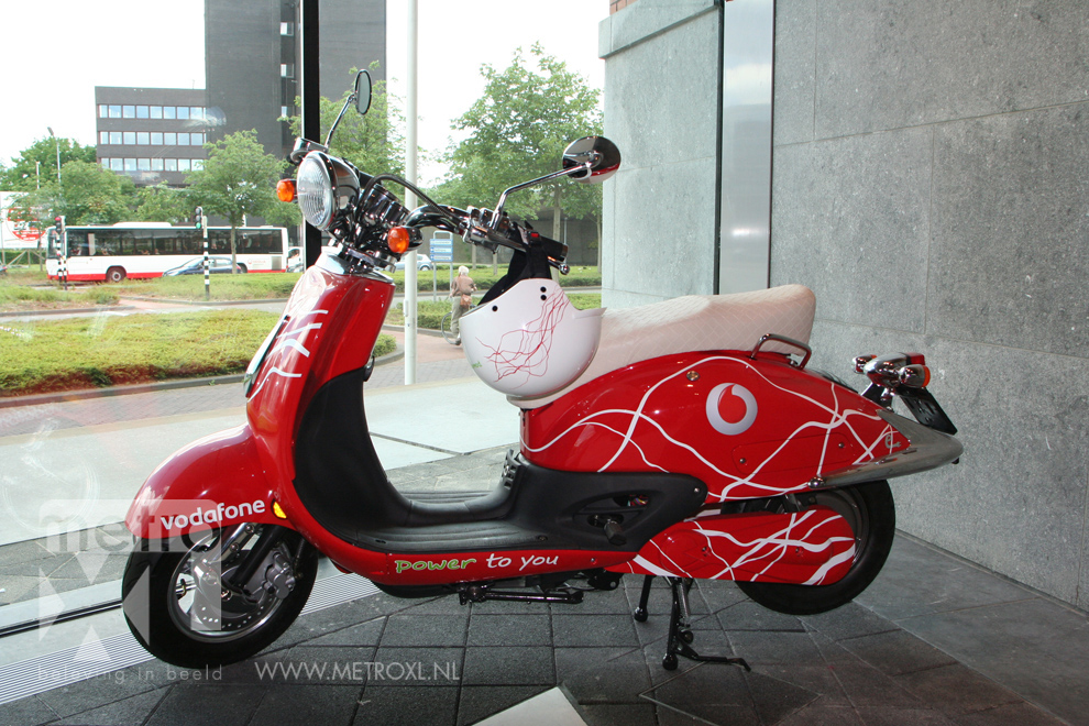 Scooter Wrap Vodafone