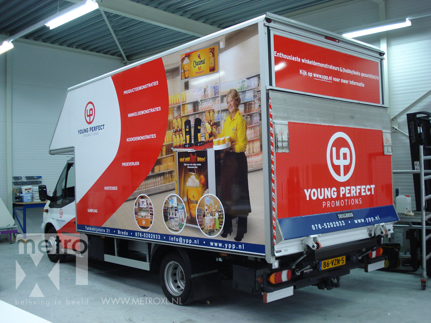 Full-colour belettering vrachtwagen Young Perfect Promotions YPP