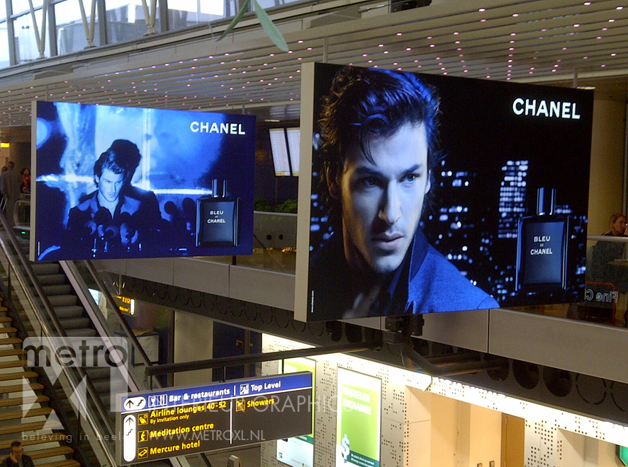 Lumiwall Chanel luchthaven Schiphol