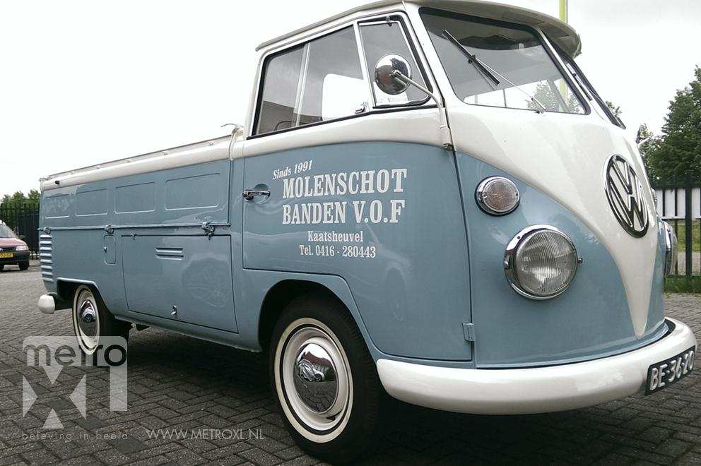 VW Classic belettering Molenschot banden Kaatsheuvel